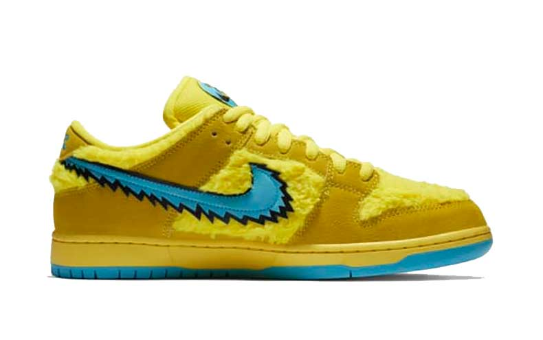 SB Dunk Yellow Side View 2