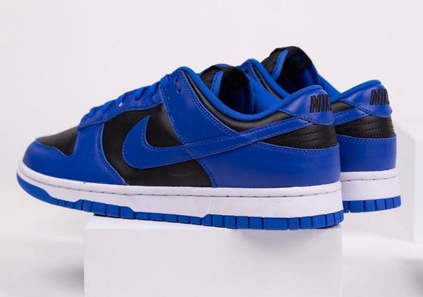 Nike Dunk Low Retro Hyper Cobalt Black 2